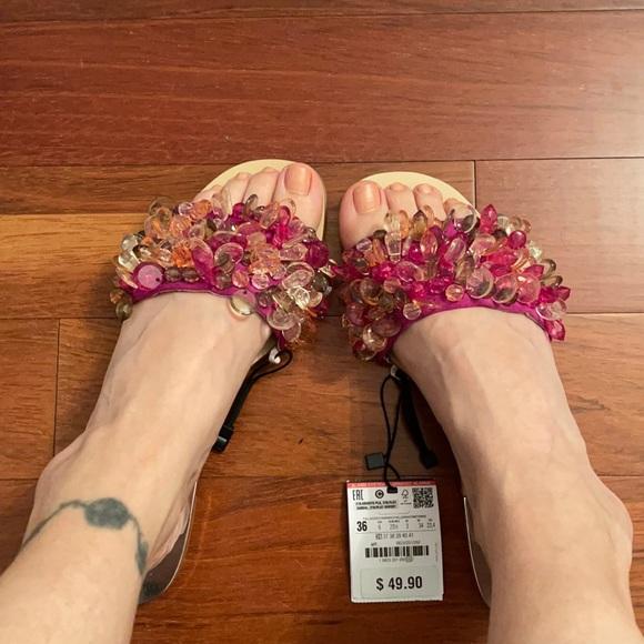 New with tag Zara sandals sz 6